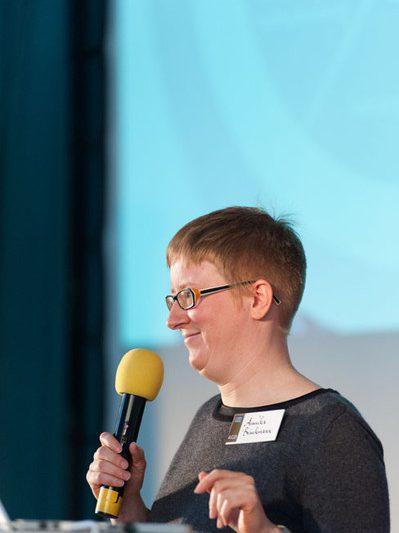 #agdjt13 – Annika Brinkmann beantwortet Fragen zur genossenschaftlichen Zusammenarbeit |Foto: Dieter Düvelmeyer