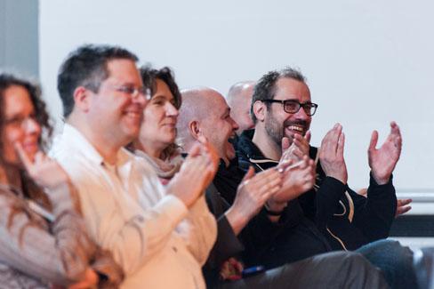 #agdjt13 – Applaus nach einem gelungen Vortrag |Foto: Dieter Düvelmeyer
