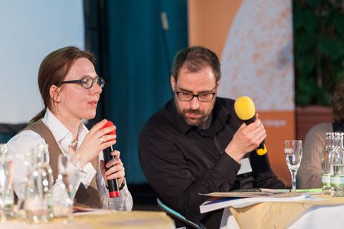 MV 2013 – Geschäftsführerin Victoria Ringleb und Vorstandsvorsitzender Andreas Jacobs in der Aussprache | Foto: Dieter Düvelmeyer