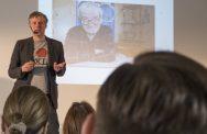 Holm Friebe auf der AGD-Jahrestagung 2015 zum Für und Wider von #nudging. Foto: Ulrich Oberst, AGD