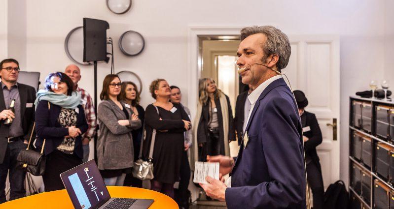 AGD-Justiziar Alexander Koch erläuterte, wie die AGD berät. Foto: Peggy Stein