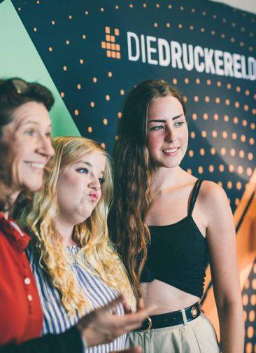 Unsere Kolleginnen auf dem Forward Festival © jmvotography